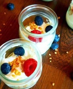 Greekyogurt , yogurt griego, almendras, frambuesas, arandanos , blueberries , raspberry, almonds