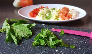 Tabule ,taboule, tabouleh, cous cous, cuscus, verdura, v