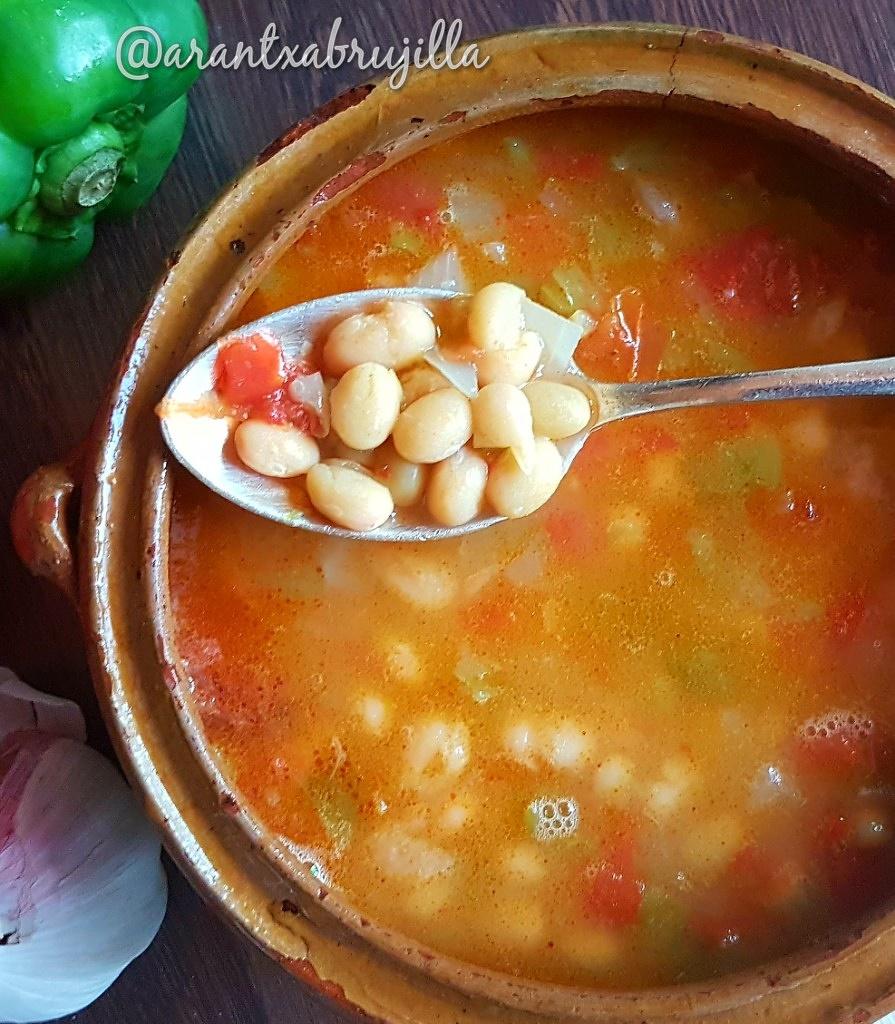 Pochas,alubias, beans, judías , recetas ,recetasfaciles,cocinatradicional,cuchara,guisos,verduras,#vegetables,vegano,Vega ha,Veggie